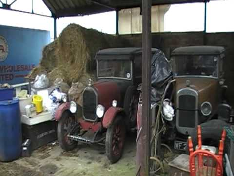 Nice little Barnfind in Loughborough England, Humber 9/28 fabric saloon, Austin 16 Burnham, Morris Cowley Armstrong sidley, Mercedes pulman Limousine... all ...