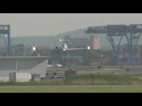 Delta DC-9 with VIP Lands at Boston Logan 5-27-2010 Video