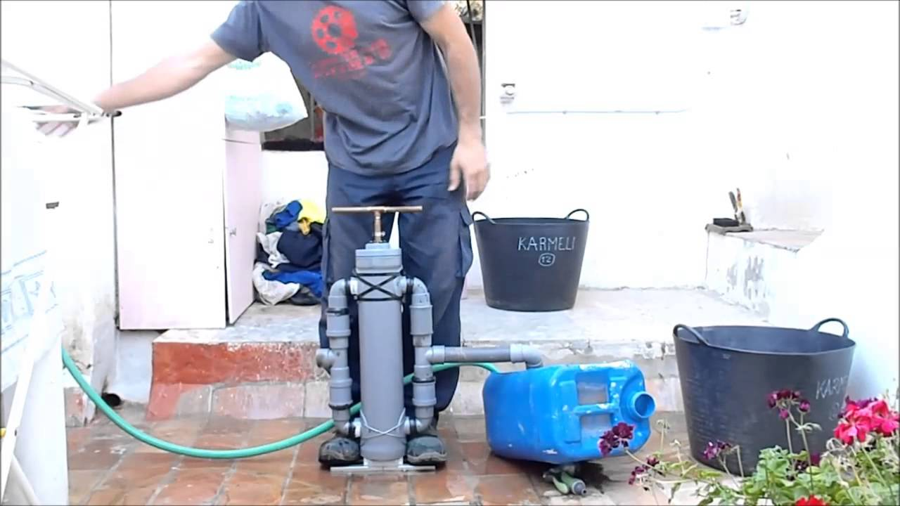 Bomba de agua manual doble impulsi n casera youtube for Bomba de agua manual