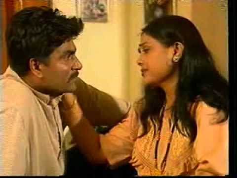 Aradhana Deshpande In Marathi Serial Gharkul video