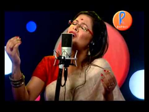 Bangladeshi Folk - Amar Hiyar Majhe Lukie Chile