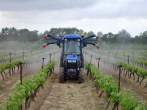 Pulverisation vigne merlot youtube - Traitement de la vigne ...