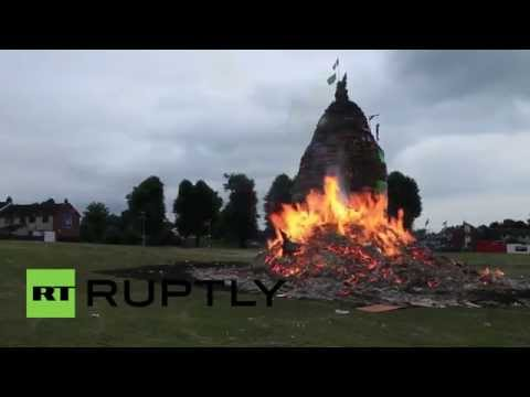 UK: 'Gerry Adams' set aflame by loyalists