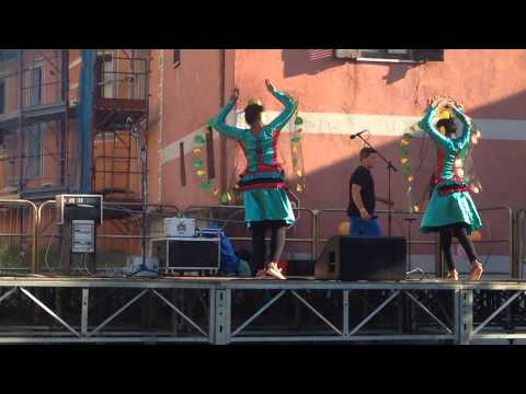 Festa Dei Popoli Perosa 2014 (mayura Wannama) video