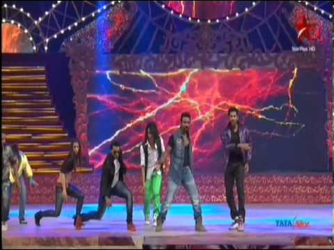 Jeets Dance Institute Students For Abcd Movie Promotion As Flash Mob .mp4 video