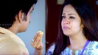 Jyothika At Orphans Home Sentiment Scene    Mass Movie