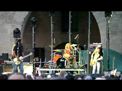 Alvin Youngblood Hart 's Muscle Theory - Stomp Dance (Live @ Pistoia Blues 2009)