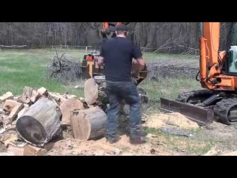 "Tempest Wood Splitter: 24"" Invertasplit Battle Axe"