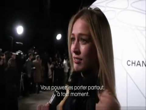 Raquel Zimmermann interviewed at fashion events Video