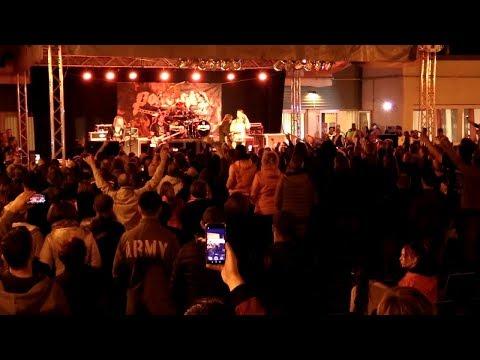 Rock est – Fellépett városunkban a közel 40 éves heavy metal zenekar, a Pokolgép