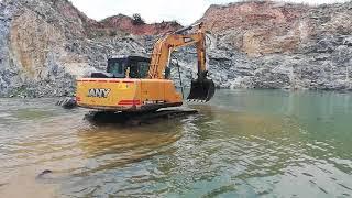 Sany 1 #Bathing Time {Excavator Sany}