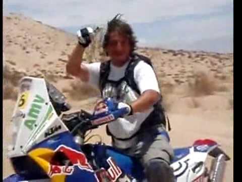 Dakar 2010 encontraron una moto tirada!!!!