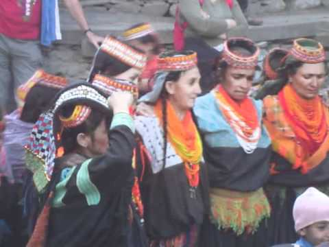 Take Guided tour of Kalash valley with tourist guide of Pakistan