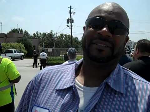Atlanta Waste Workers Fight for Good Contract 7-27-11.mp4