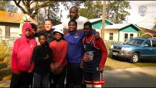 Florida Officer In Viral Video Surprise Kids By Bringing Shaq Along To Play With Them!