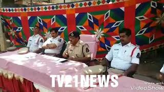 Traffic Police Special Drive Against  School Childrens Auto's By DCP Traffic Babu Rao.......