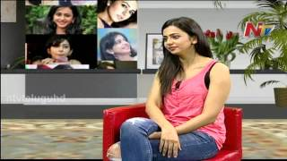 pretty-rakul-preet-singh-interesting-comments-on-jr-ntr-and-ram-charanchit-chat-with-ntv