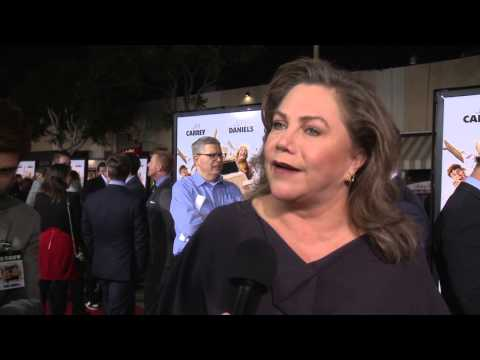 Dumb and Dumber To: Kathleen Turner Red Carpet Movie Interview