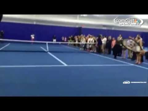 Funny: Donald Trump Tries To Return Serve From Serena Williams