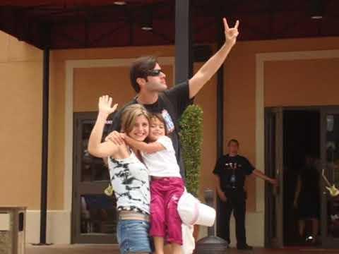 Jonathan Montenegro y Patricia Schwarzgruber, Aniversario de Bodas