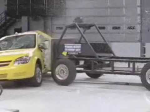Crash Test 2007 - 2009 Chevrolet Cobalt / Pontiac G5 Coupe (Side Impact) IIHS
