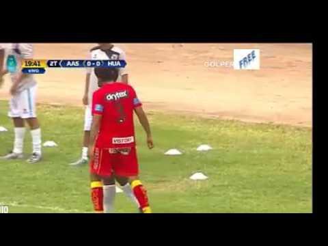 Imitan penal de Lionel Messi y Suarez, pero no les salió , Torneo Peruano