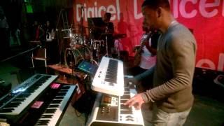 Devine Songz In Dominica Live...