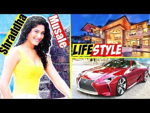 Shraddha Musale (C.I.D Actress Dr. Tarika aka) Lifestyle - Net Worth, Age, Family, Biography thumbnail