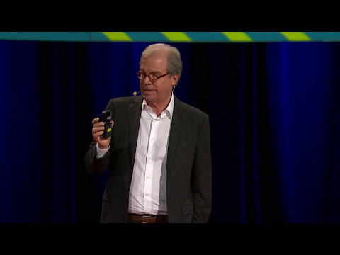 Nicholas Negroponte: A 30-year history of the future