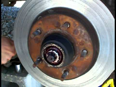 Changing rotors and breaks on 1998  Ford F 150