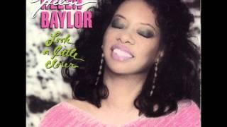 Helen Baylor- Look A Little Closer
