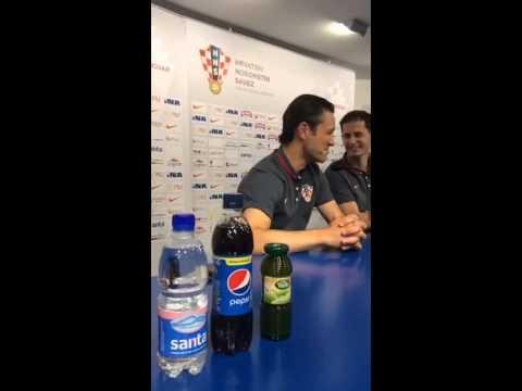 Konferencija za medije prije Gibraltara: Niko Kovač i Mario Mandžukić
