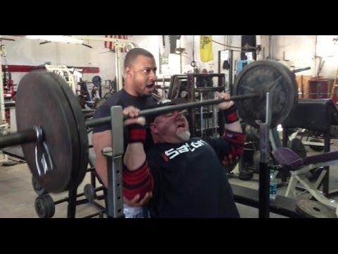 My New Training Split - Day 3 - Shoulders & Triceps - Metroflex Arlington!