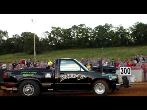Gallatin, TN Sertoma Club pull compilation