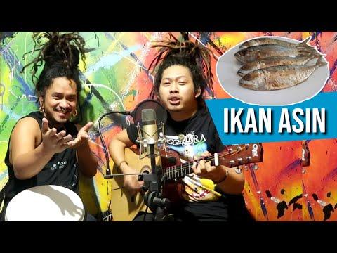 Download lagu IKAN ASIN yang lagi VIRAL Rafi gimbal feat Dellu uyee Mp4 baru
