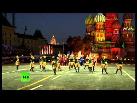 На Красной площади команда из Армении - Спасская башня 2014