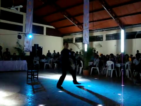 yajalon baile niño ego jc