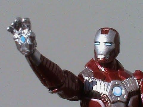 Iron Man 2 Mark V Iron Man (3 3/4 inch) Armored Assault 3 pack Target Exclusive