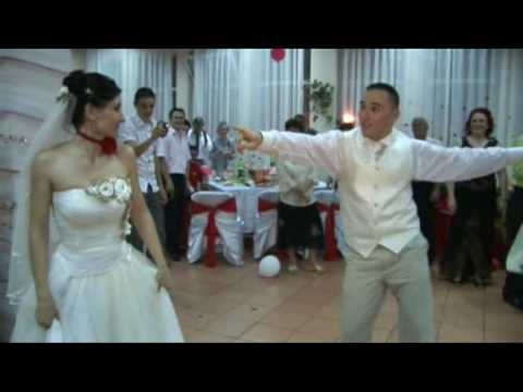funny wedding videos. Funny Wedding Dance First