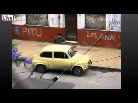 Car theft teamwork LOL