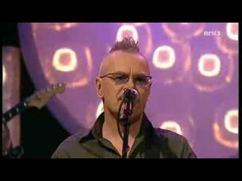 Nik kershaw - Wouldnt it be good LIVE In Norway 2008