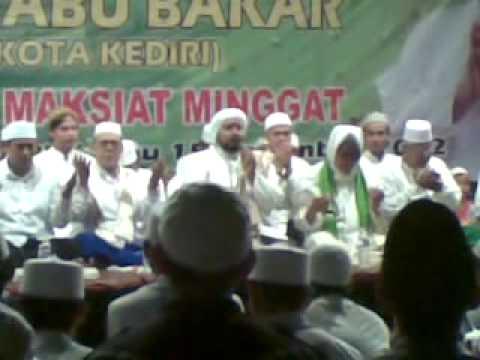 Kediri Bersholawat*, Berkat Sholawat, Maksiat Minggat - Habib Syech Munajat video