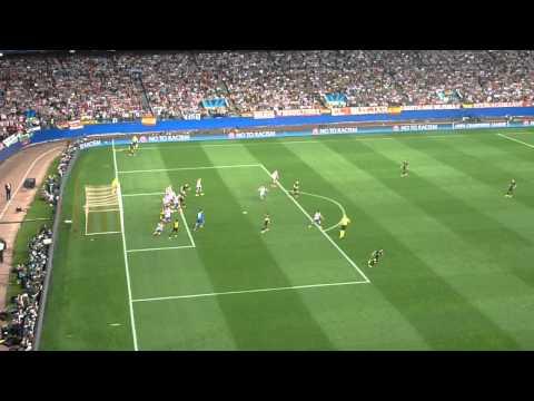 Champions 2014 Atlético de Madrid   Barcelona   Corner Barça sacado por Messi