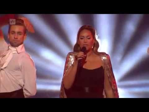 Leona Lewis - Bleeding love live at Art on Ice 2013 HQ