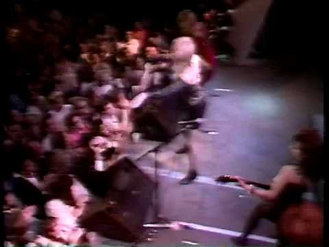 The Bangles Walk Like An Egyptian New Year 1987 video