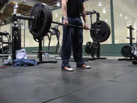 Romanian Deadlift Demonstration Image 1