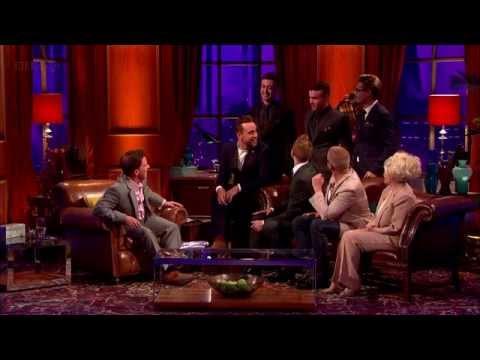 The Overtones & Rob Brydon sing to Barbara Windsor #HaveIToldYouLatelyThatILoveYou HD 21-08-12