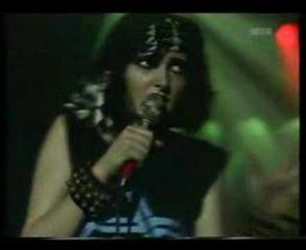 Siouxsie And The Banshees - Voodoo Dolly