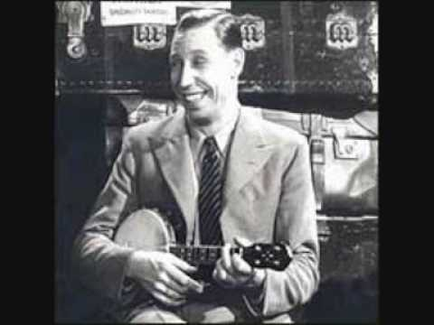 George Formby - Swimmin With The Wimmin