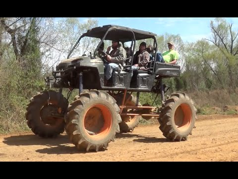 Mud Nats 2015 Outrageous Rides!!  High Lifter Nationals Mud Stuck
